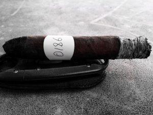 Blind Cigar Review: Emilio   AF2 Torpedo