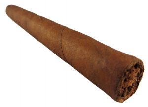 Blind Cigar Review: Tatuaje | Black Label Petite Lancero